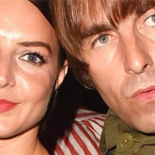 "Dopo la proposta di matrimonio in Costa d'Amalfi Liam Gallagher convola a nozze con Debbie, lo rivela ""The Sun"""